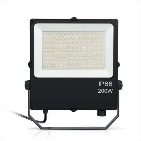 Projecteur-led-pro-200w-CCT-ip66