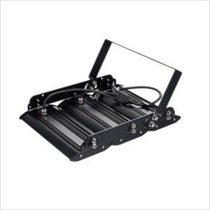 Projecteur-led-150W-grande-hauteur-industriel-2