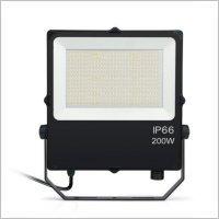 Projecteur-led-pro-200w-CCT-ip66-S-puissant